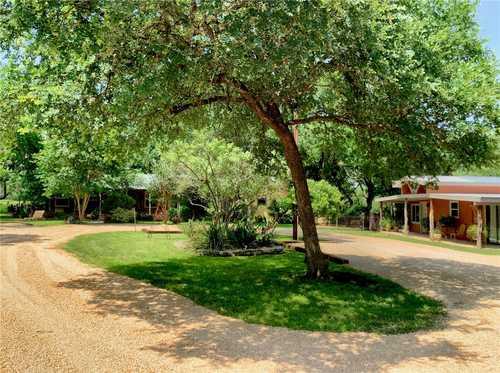 $1,250,000 - 6Br/4Ba -  for Sale in Rolling Oaks Sec 3, Driftwood