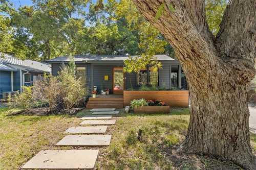 $925,000 - 2Br/1Ba -  for Sale in Bouldin James E Add, Austin