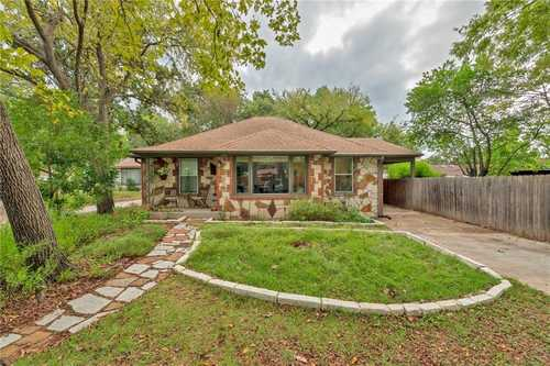 $599,999 - 3Br/2Ba -  for Sale in Mckinley Heights, Austin