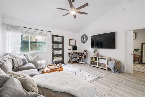 $350,000 - 1Br/1Ba -  for Sale in Griffith Place, Austin