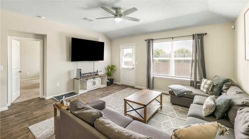 $437,500 - 4Br/2Ba -  for Sale in Mager Meadows, Hutto