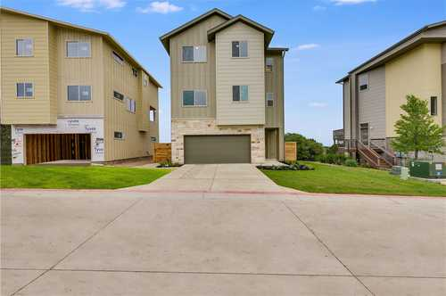 $699,950 - 4Br/4Ba -  for Sale in Cove Circle C, Austin