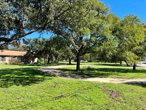 $420,000 - 4Br/2Ba -  for Sale in Green Haven Estates, San Marcos