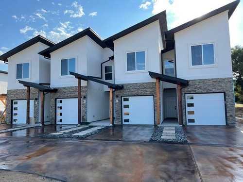 $400,000 - 3Br/3Ba -  for Sale in Highland Lake Estate Sec 21, Lago Vista