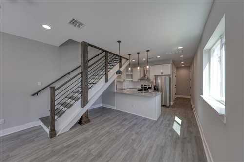 $495,000 - 3Br/3Ba -  for Sale in Highland Lake Estate Sec 21, Lago Vista