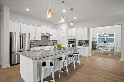 $699,000 - 4Br/3Ba -  for Sale in Headwaters At Barton Creek Ph 2, Dripping Springs