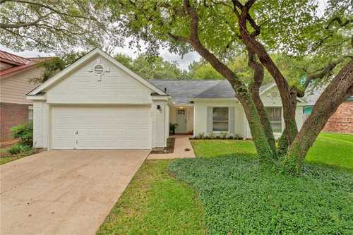 $525,000 - 3Br/2Ba -  for Sale in Tanglewood Forest Sec 04 Ph A, Austin