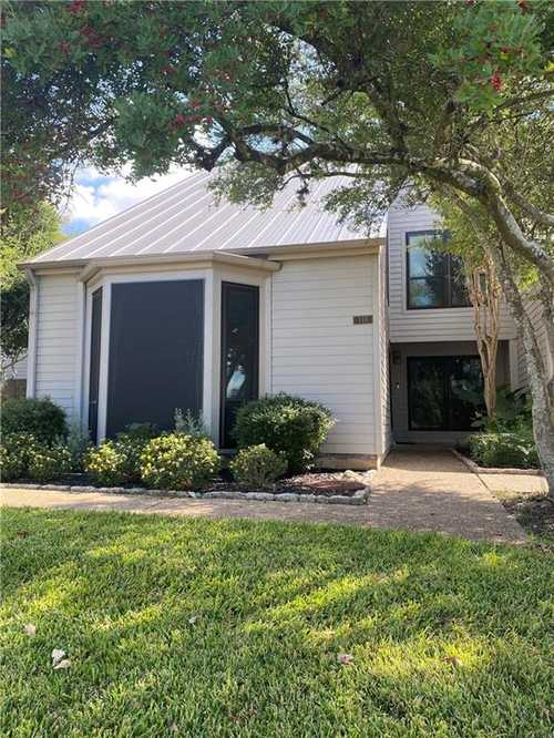 $425,000 - 3Br/3Ba -  for Sale in Lakeway World Tennis Condo, Lakeway