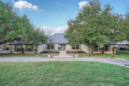$750,000 - 3Br/5Ba -  for Sale in The Ridge At Willow Creek, San Marcos