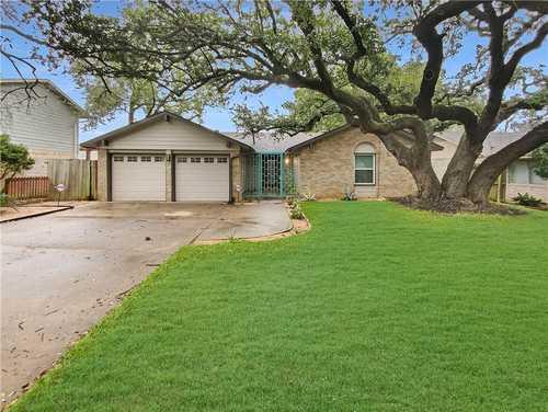 $612,000 - 4Br/2Ba -  for Sale in Buckingham Ridge Sec 05, Austin