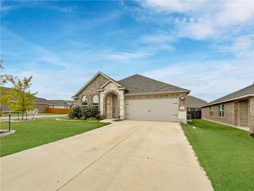 $495,000 - 4Br/2Ba -  for Sale in Oak Creek Ph 4, Leander