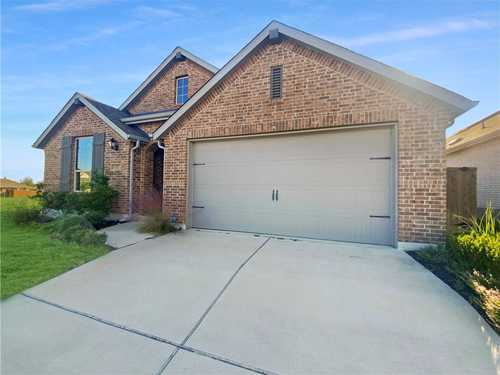 $475,000 - 4Br/3Ba -  for Sale in Crosswinds Ph One, Kyle
