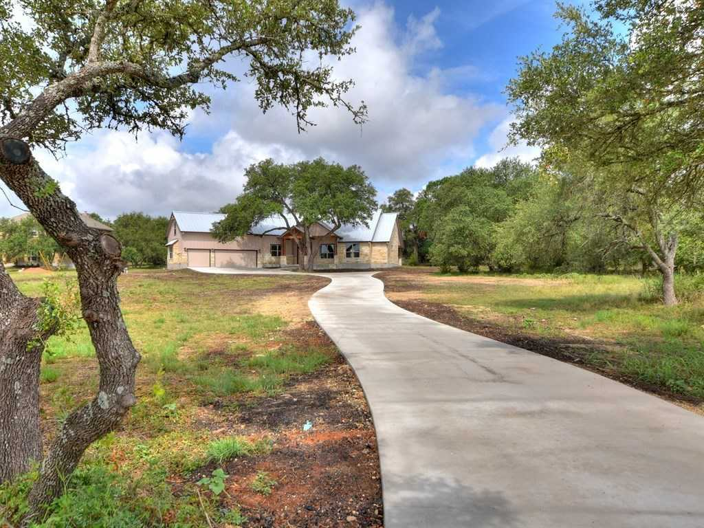 $524,900 - 4Br/3Ba -  for Sale in Saddletree Ranch, Dripping Springs