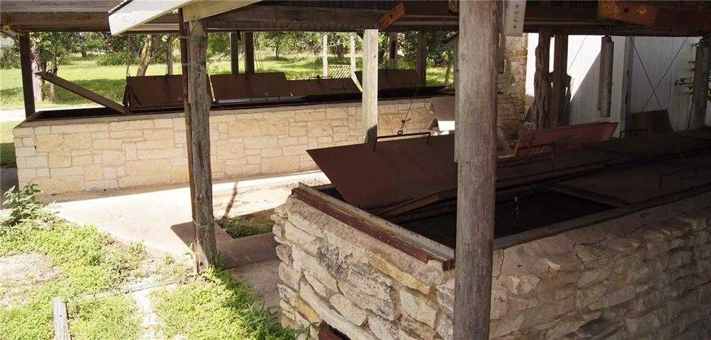 $1,500,000 - 3Br/2Ba -  for Sale in A0008 W H Haggard Survey, Acres 7.47, (1.06 Ac Hs), Dripping Springs