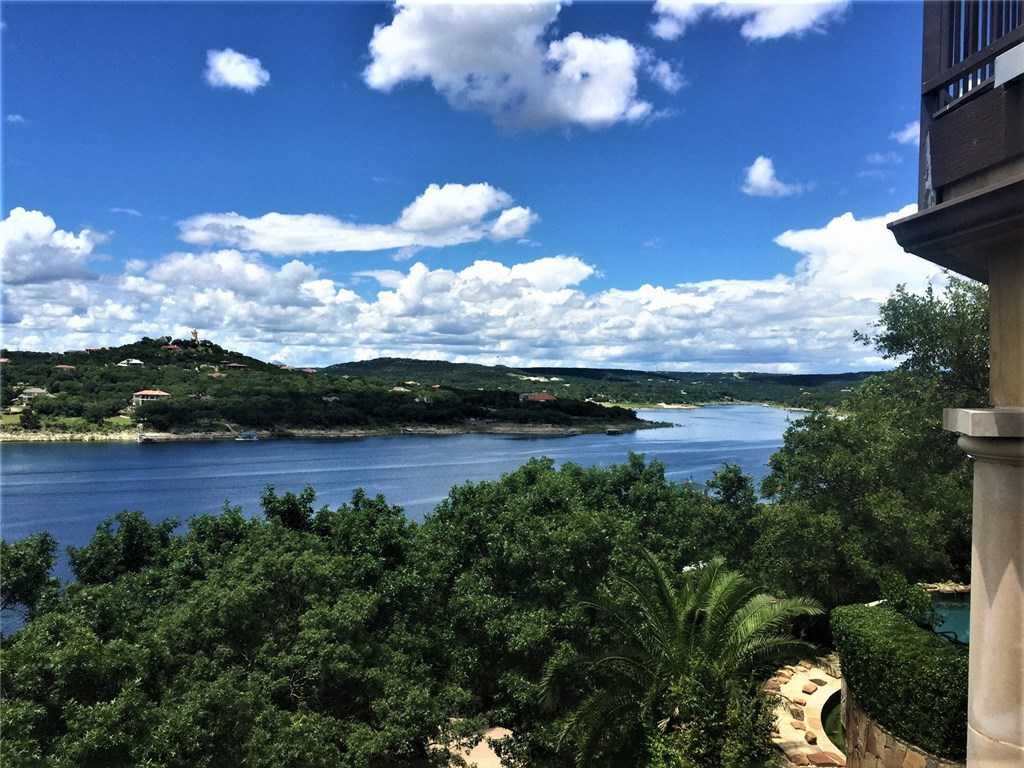 $2,250,000 - 4Br/5Ba -  for Sale in Lake Travis 07,