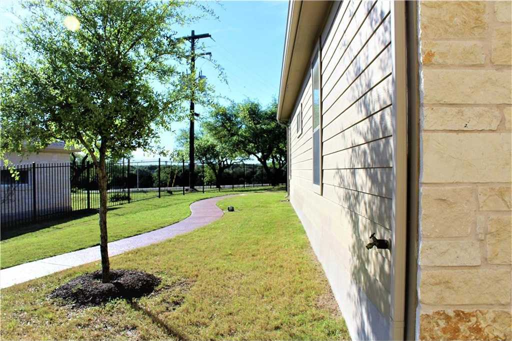 $235,000 - 2Br/2Ba -  for Sale in Paradiso Villas, Cedar Park