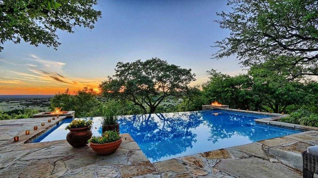 $2,250,000 - 6Br/5Ba -  for Sale in Hawes Ranch Sec 02,