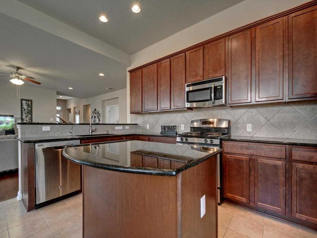 $319,900 - 3Br/3Ba -  for Sale in Whispering Hollow Ph 1 Sec 7b, Buda