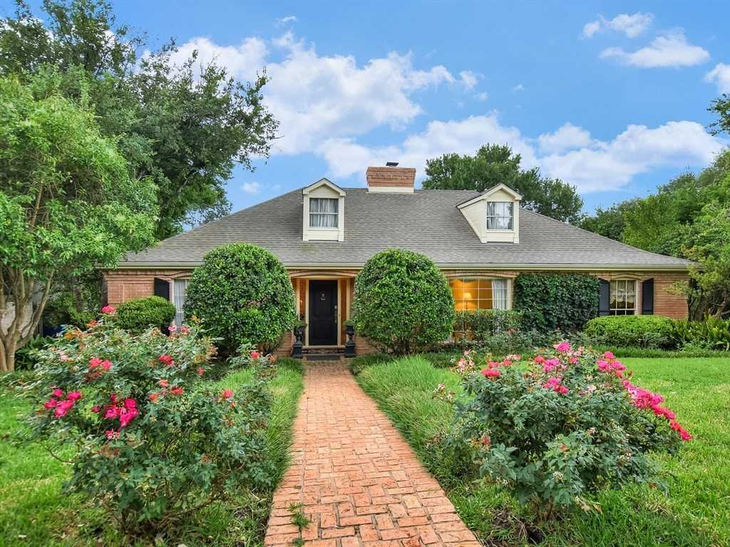 $1,799,000 - 4Br/4Ba -  for Sale in Tarry Town River Oaks Sec 01, Austin