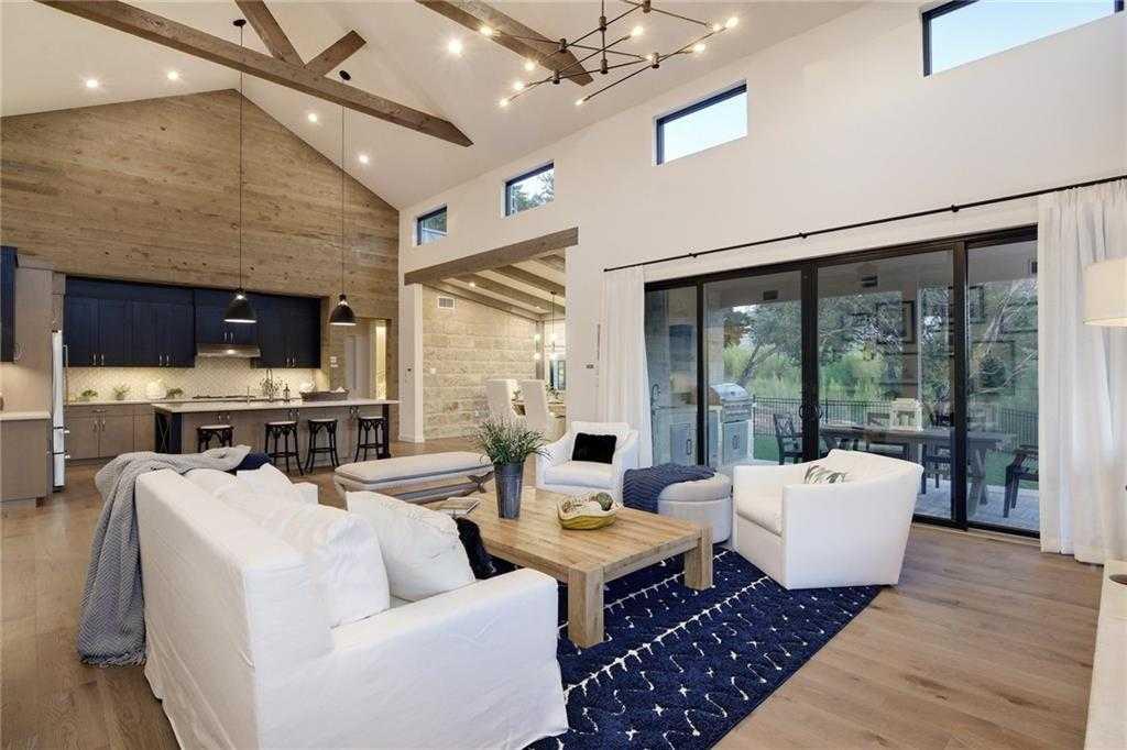 $925,000 - 4Br/5Ba -  for Sale in Lakeway Highlands Ph 1 Sec 4, Austin
