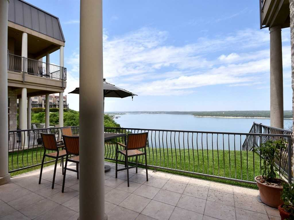 $319,000 - 2Br/3Ba -  for Sale in Villas On Travis Condo Amd, Austin