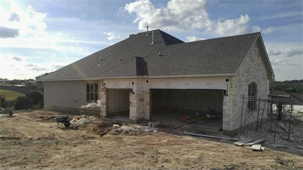 $587,915 - 4Br/3Ba -  for Sale in Vistancia Sec 1, Dripping Springs