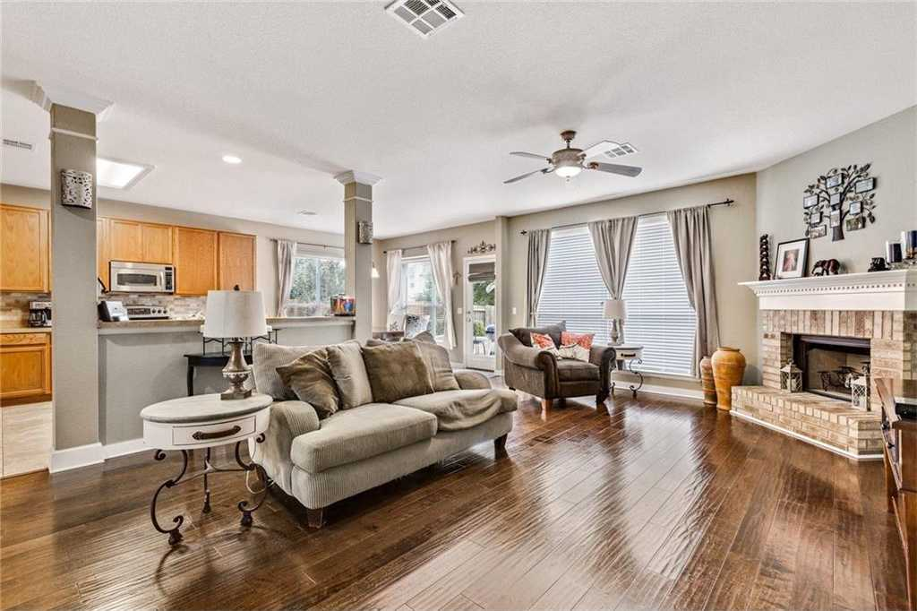 $295,000 - 5Br/3Ba -  for Sale in Hometown Kyle Sub Ph 2, Kyle