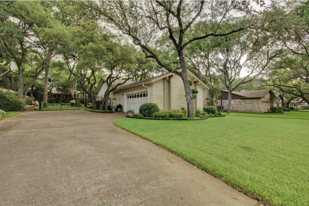$450,000 - 4Br/3Ba -  for Sale in Spicewood At Balcones Villages, Austin