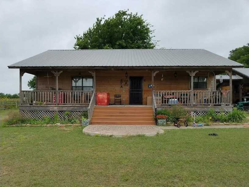$189,000 - 2Br/2Ba -  for Sale in Taylor Isd Yb Gt 1980, Taylor