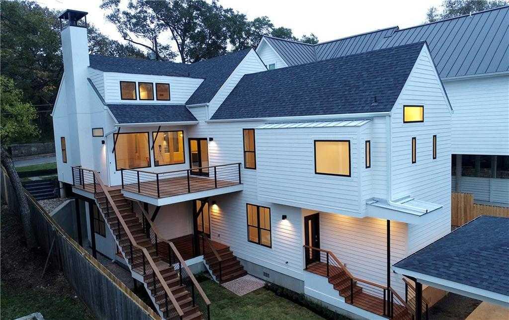 $1,575,000 - 4Br/4Ba -  for Sale in Oakwood, Austin