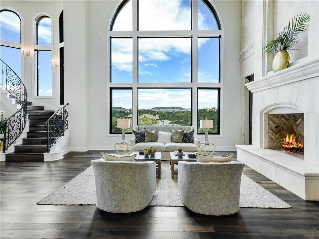 $2,000,000 - 4Br/7Ba -  for Sale in Rough Hollow Sec 7, Austin