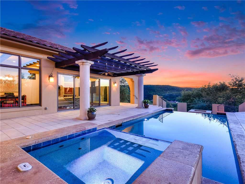$2,650,000 - 5Br/6Ba -  for Sale in Caslano, Austin