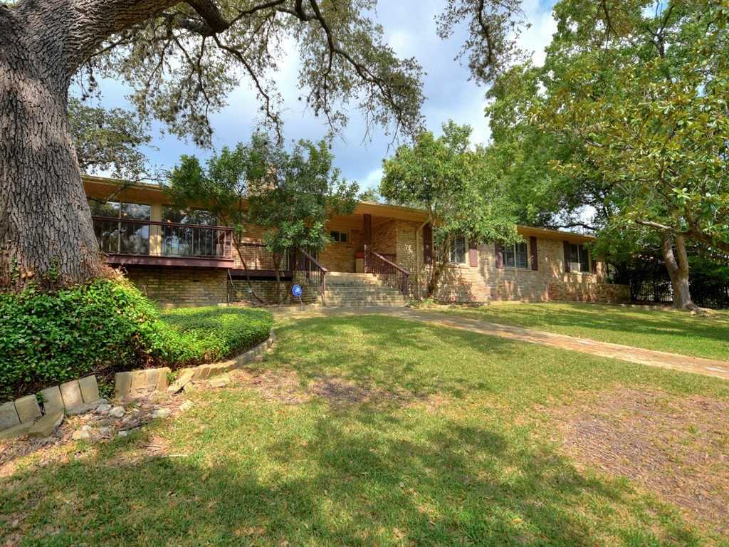 $1,450,000 - 4Br/4Ba -  for Sale in Balcones Park Add Sec 02,