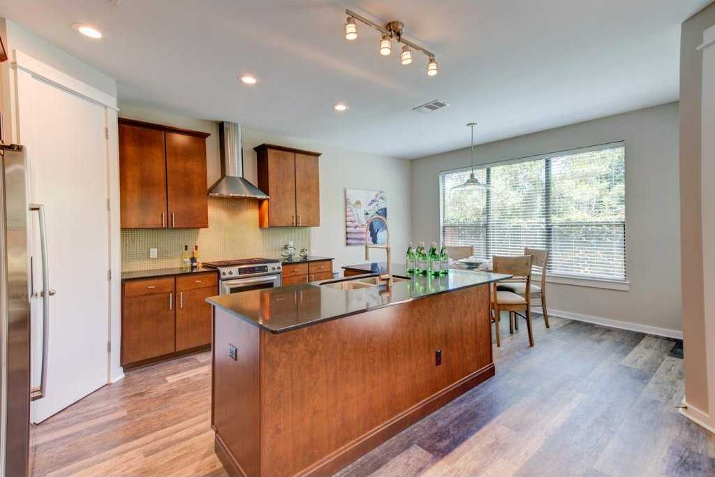 $445,000 - 2Br/3Ba -  for Sale in Crossing At Bouldin Creek The, Austin