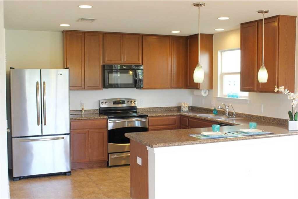 - 3Br/3Ba -  for Sale in Thornbury Sec 01, Austin
