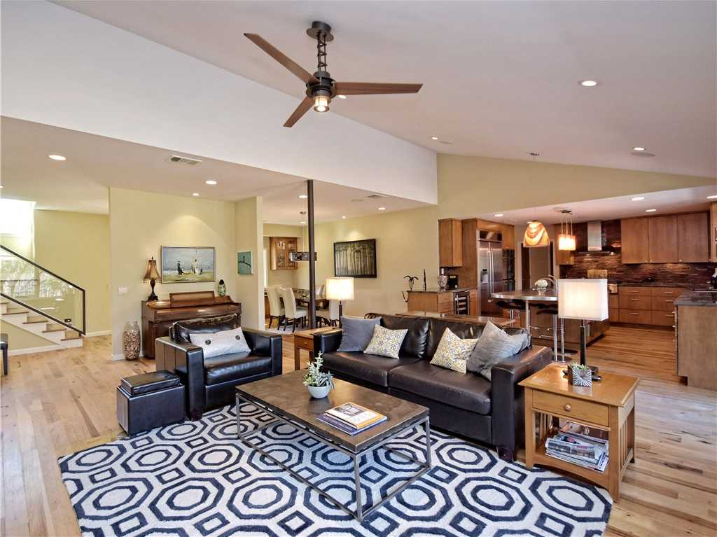 $1,300,000 - 4Br/4Ba -  for Sale in Balcones Park Add Sec 02, Austin