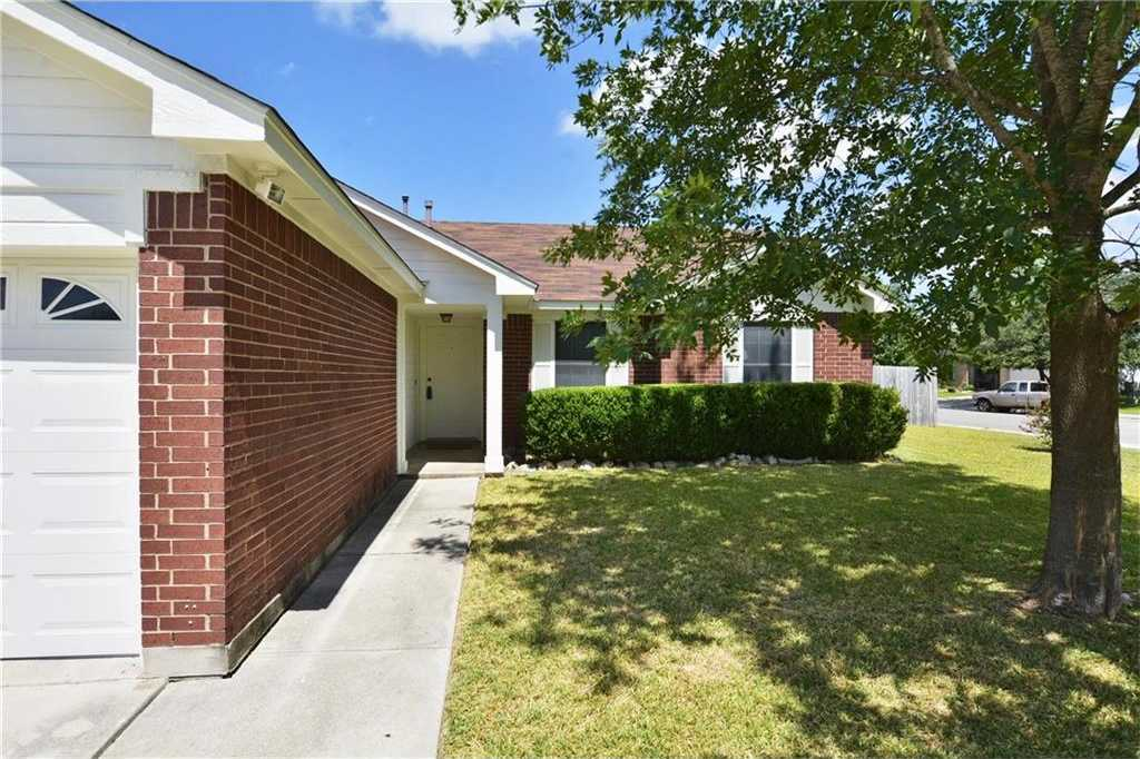 $189,900 - 4Br/2Ba -  for Sale in Steeplechase Sub Ph I, Kyle