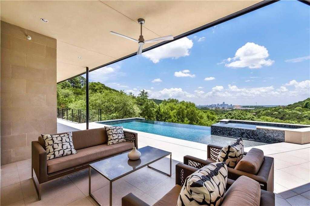 $4,450,000 - 4Br/5Ba -  for Sale in Mora, West Lake Hills