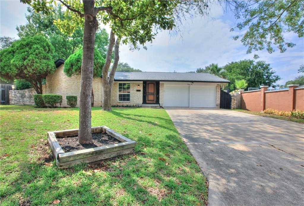 $345,000 - 3Br/2Ba -  for Sale in Quail Creek West Sec 01,