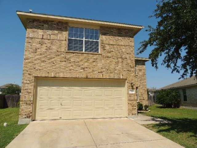 $214,900 - 4Br/3Ba -  for Sale in Hunters Crossing Sec Three D, Bastrop