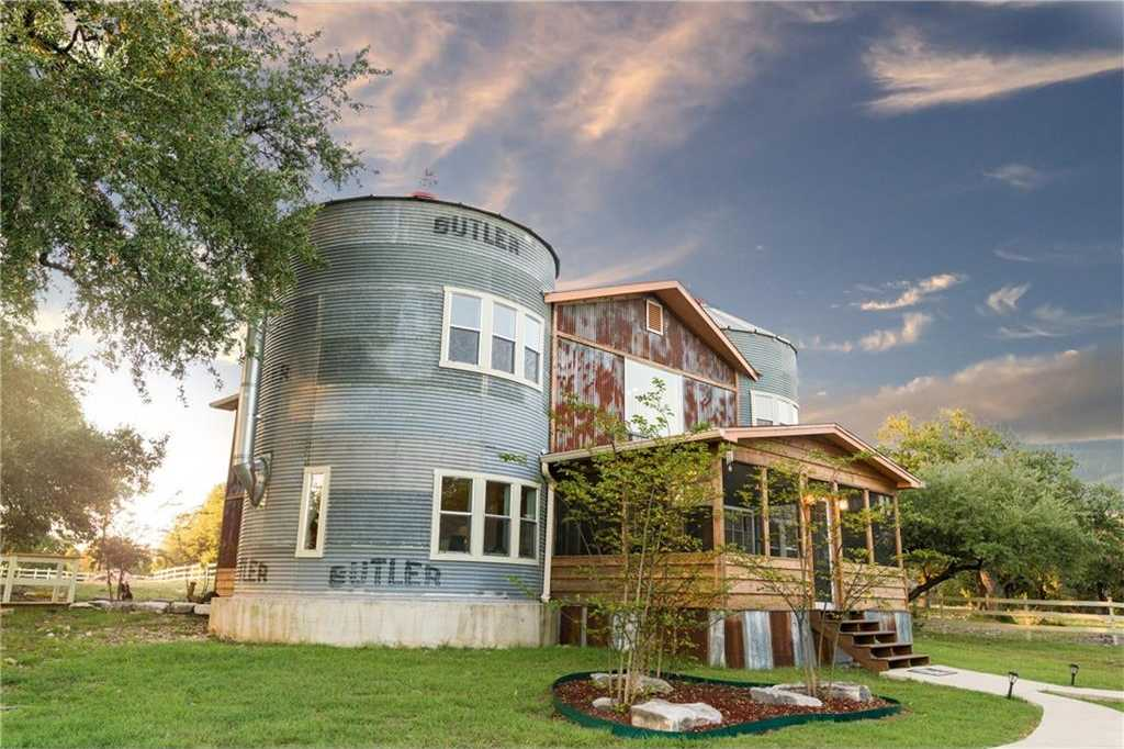 $950,000 - 3Br/2Ba -  for Sale in Sarah Mckimbs Abs 544, Salado