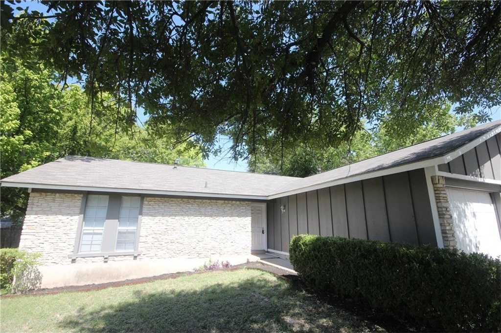 $258,000 - 3Br/2Ba -  for Sale in Village At Quail Creek,