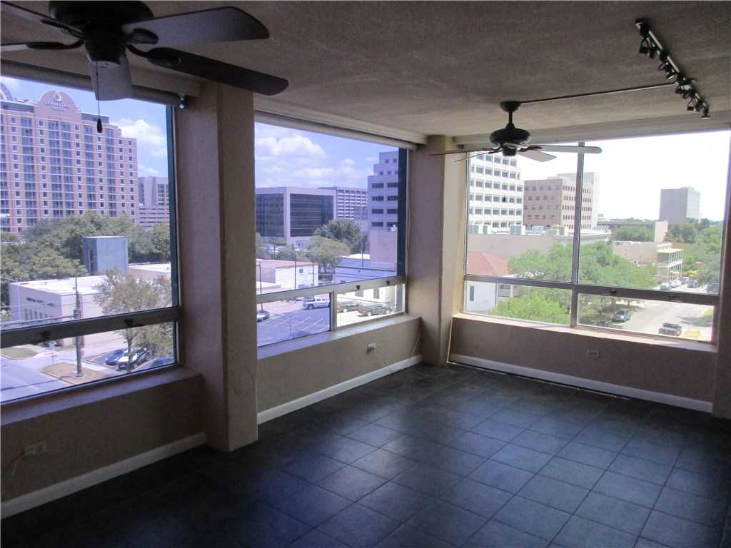$1,795 - 2Br/2Ba -  for Sale in Penthouse Condo, Austin