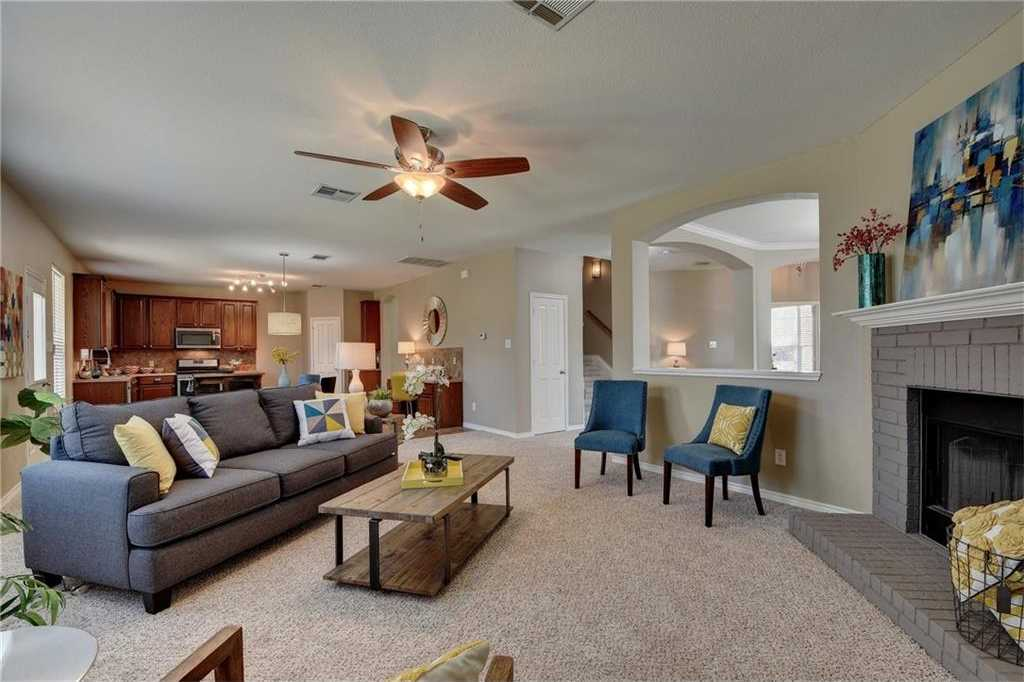 $250,000 - 4Br/3Ba -  for Sale in Silverado At Plum Creek Sec 4, Kyle