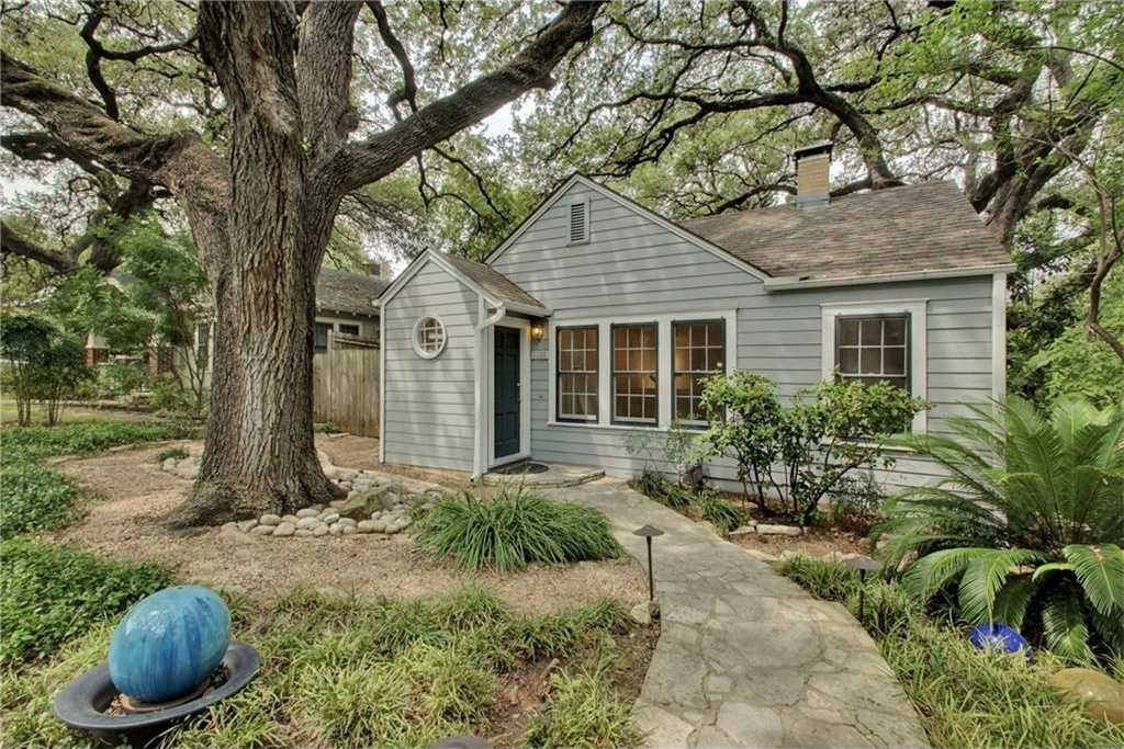 $899,000 - 3Br/3Ba -  for Sale in Travis Heights, Austin