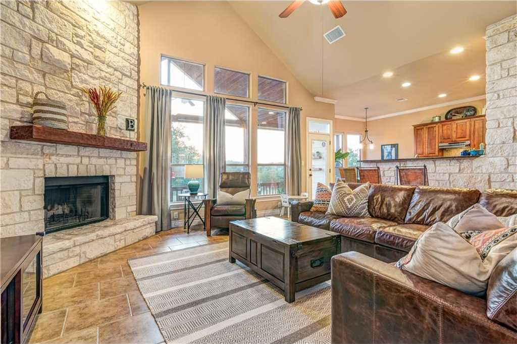 $475,000 - 4Br/3Ba -  for Sale in Sunset Canyon Sec V, Dripping Springs