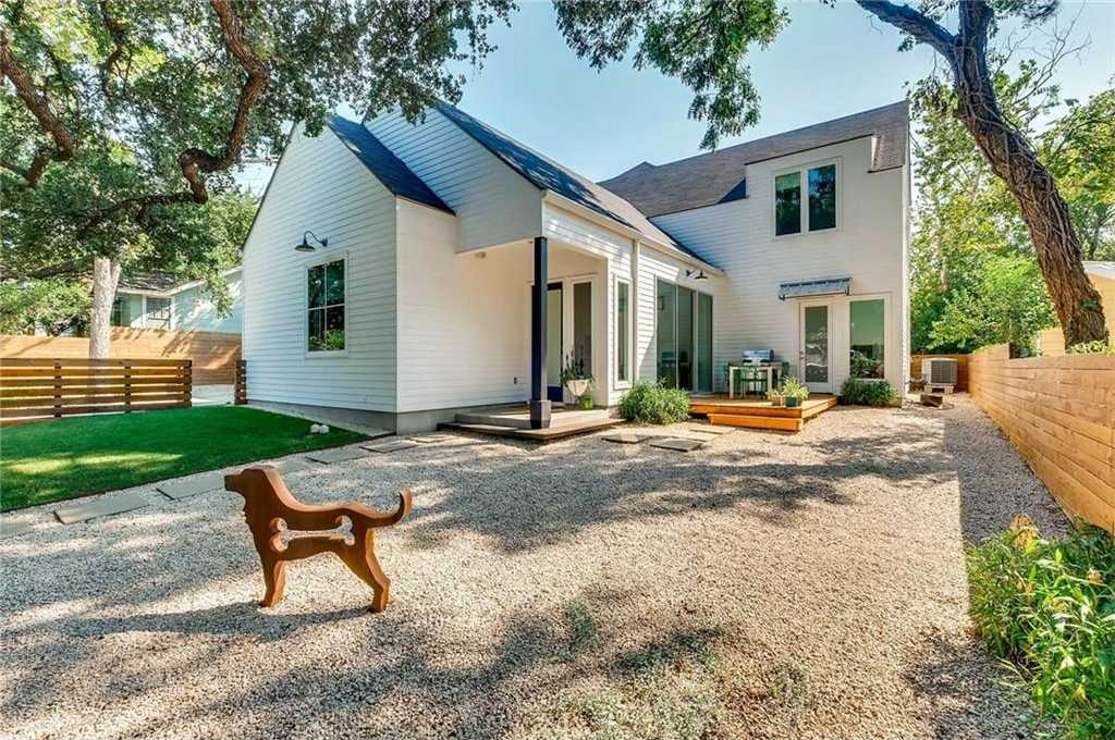 $1,075,000 - 3Br/3Ba -  for Sale in Travis Heights, Austin