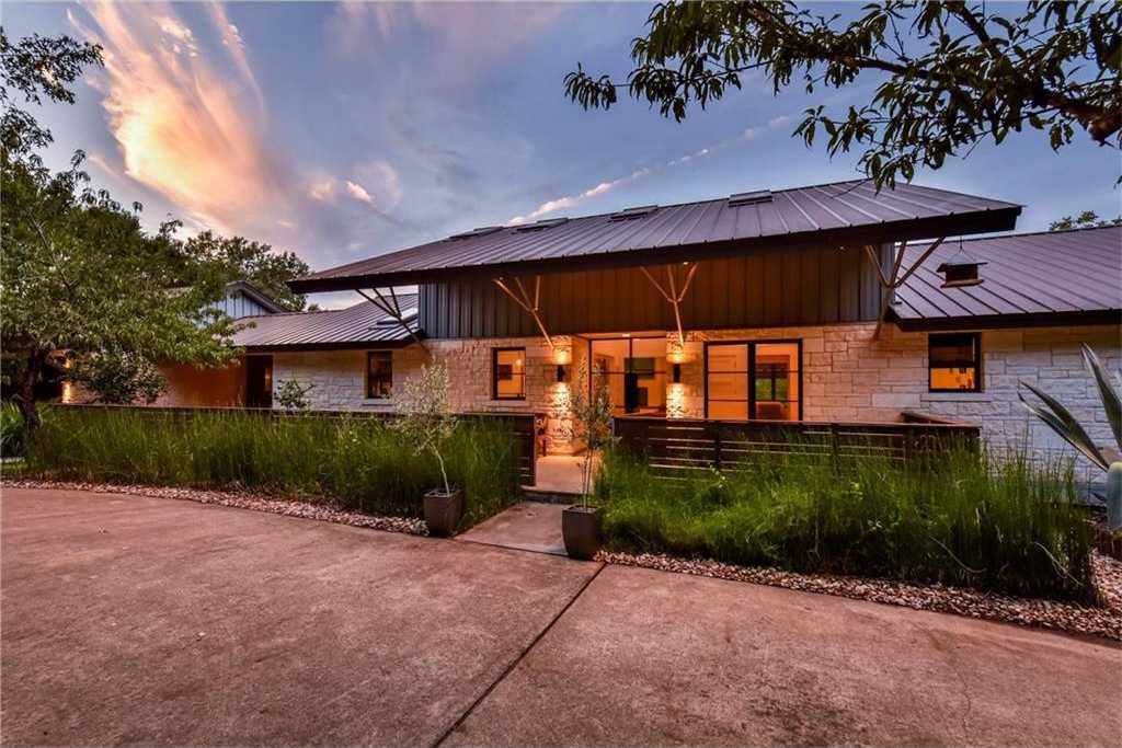 $1,899,000 - 5Br/4Ba -  for Sale in Westlake Oaks, Austin