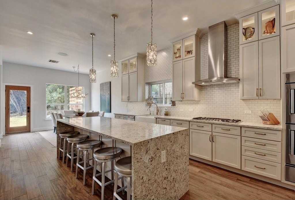 $1,050,000 - 6Br/5Ba -  for Sale in Travis Country Green, Austin