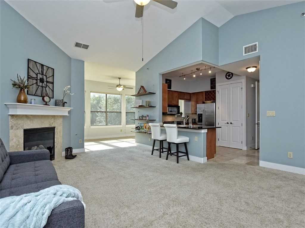$339,000 - 1Br/1Ba -  for Sale in Carriage Park Condo, Austin